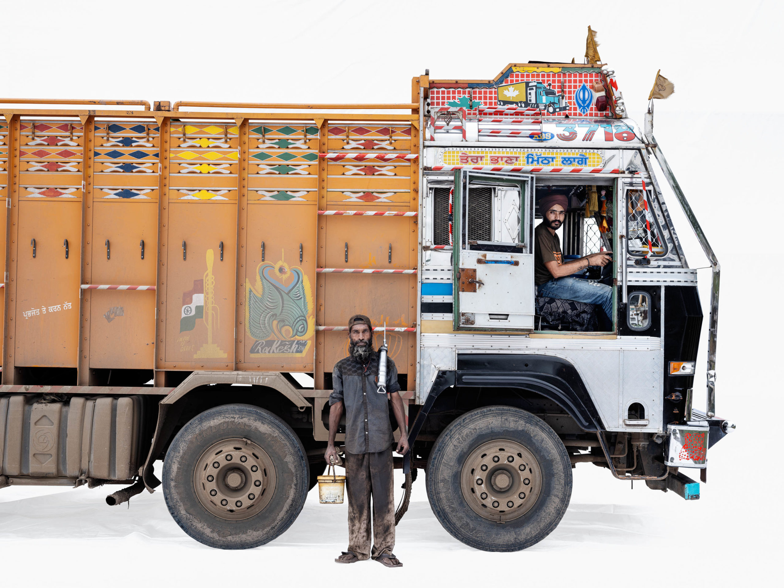Ashok Leyland 3718; Truck driver Jasprit Singh, mechanic Salim Shah