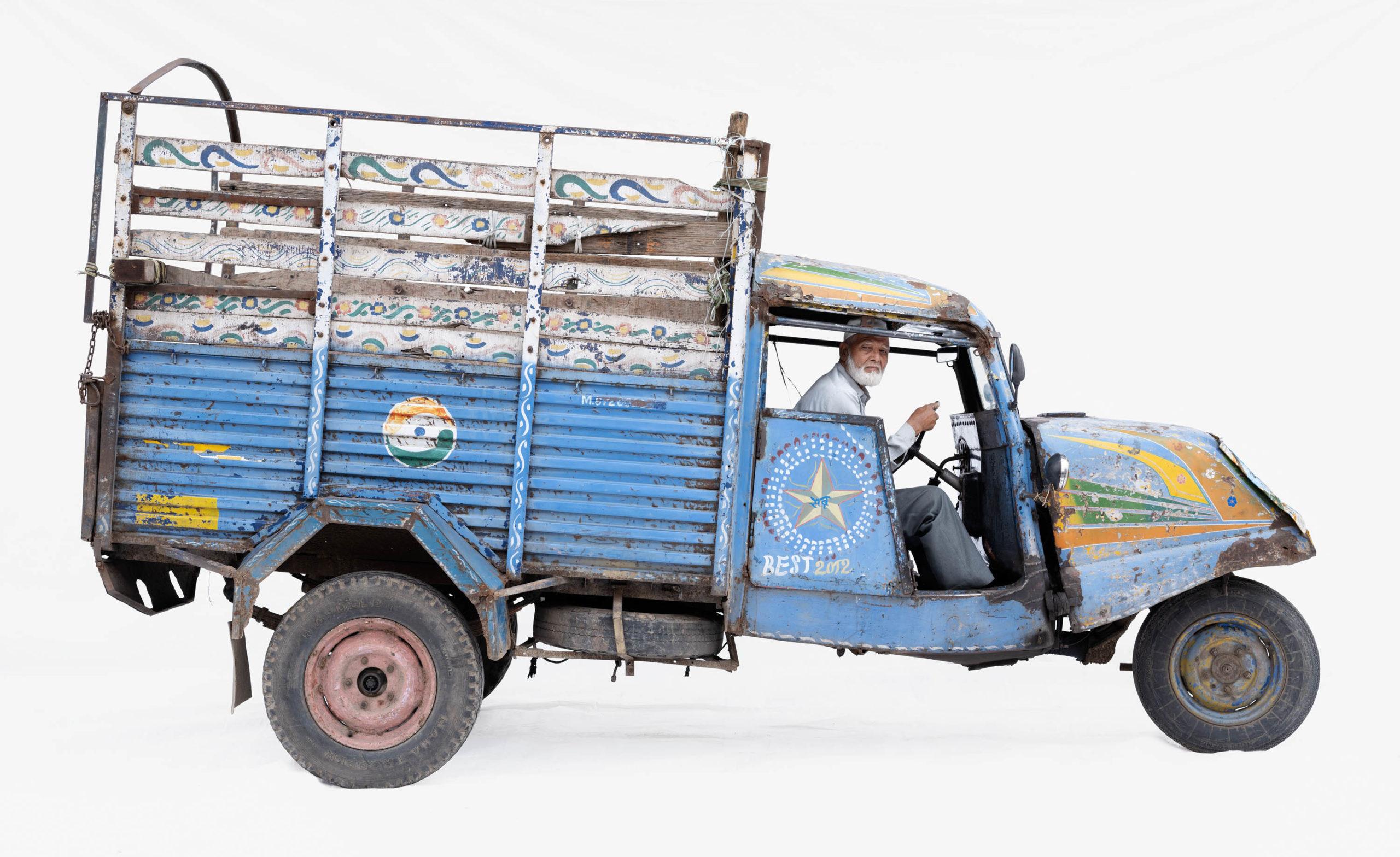 Bajaj Tempo #3; Courier Abdul Gani (Ujjain, Madhya Pradesh)