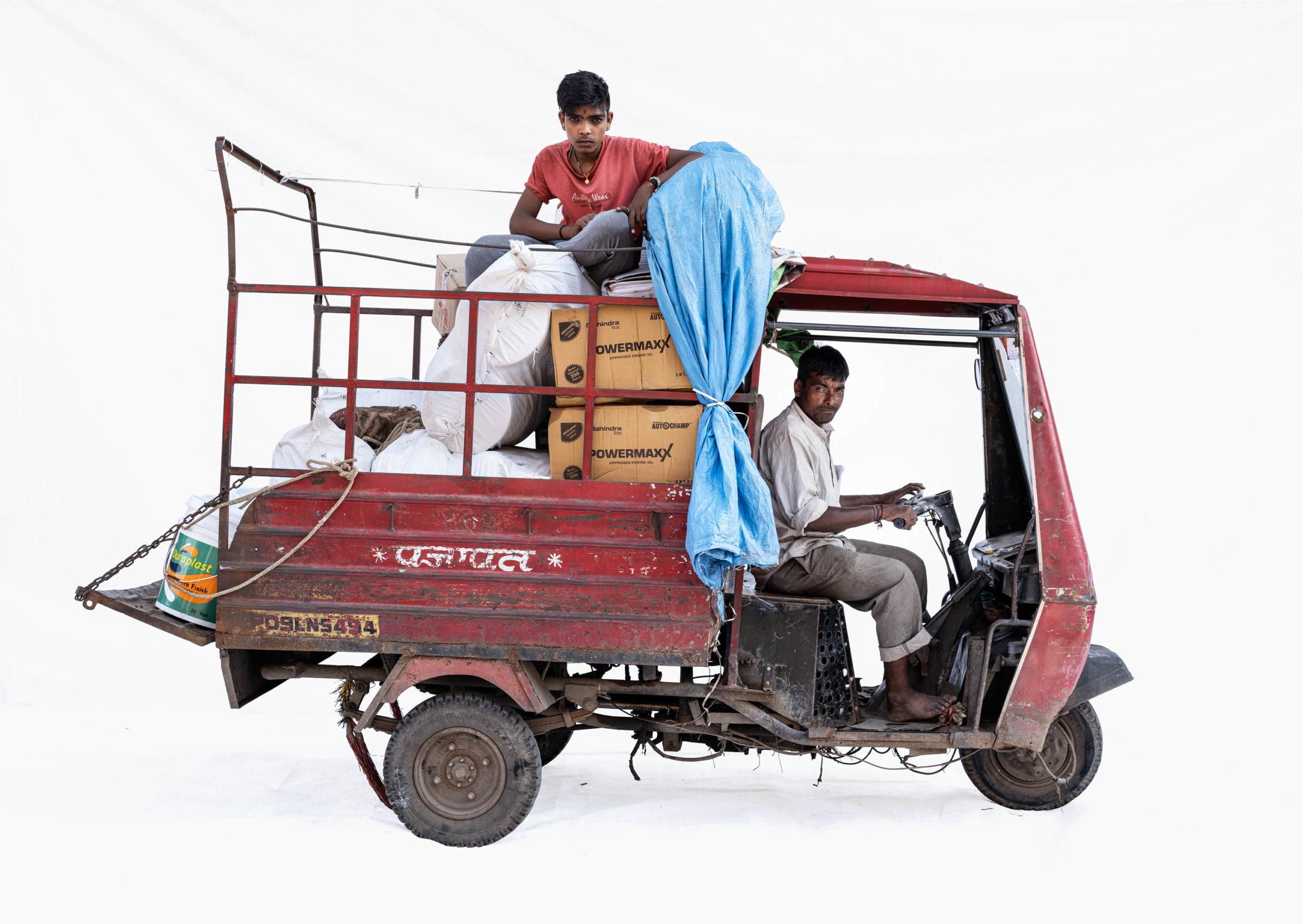 Atul Shakti Pickup Van; Couriers Yash Badolia, Anil Gaikwad (Ujjain, Madhya Pradesh)