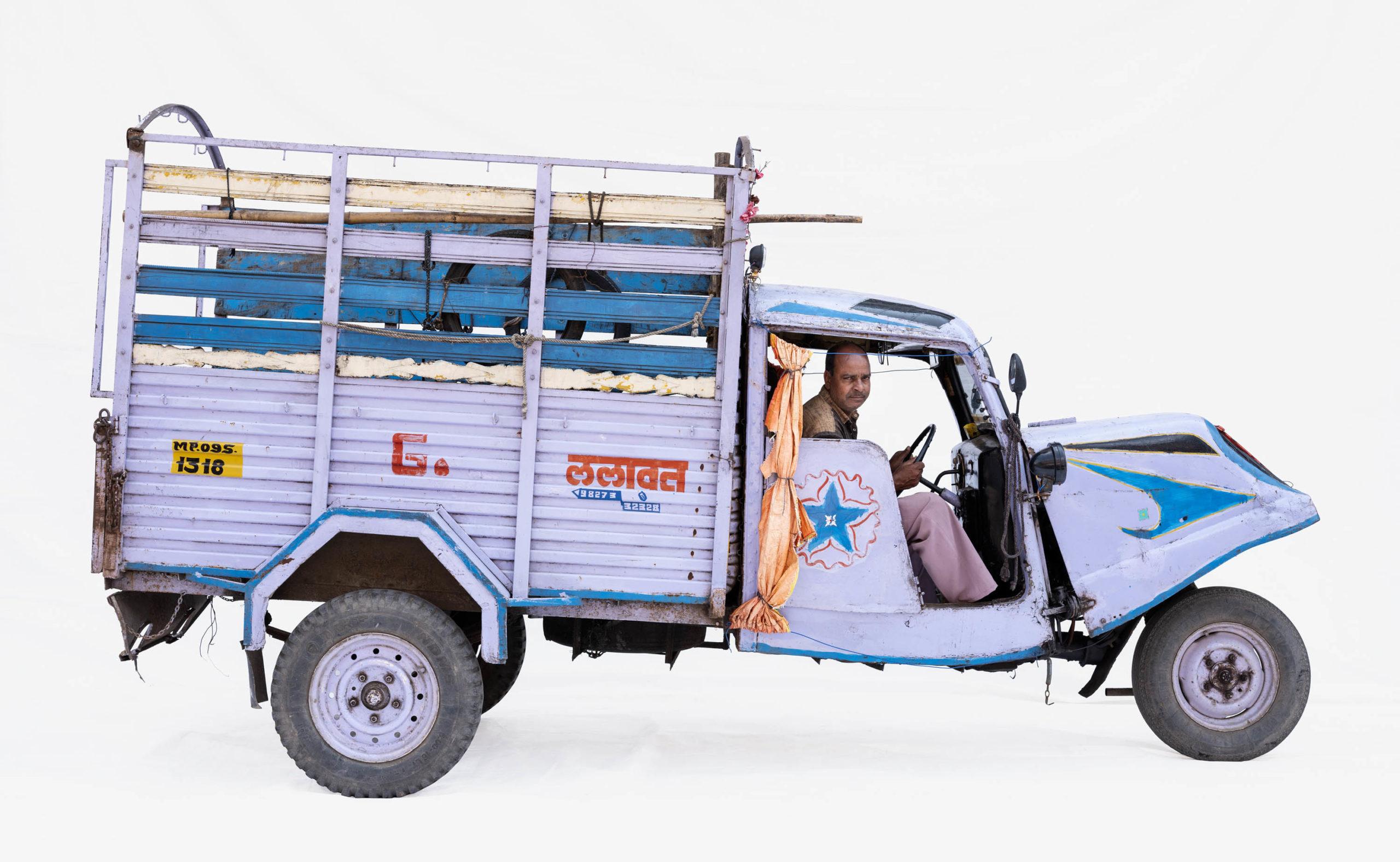 Bajaj Tempo #6; Courier Jagdiah Lalawat (Ujjain, Madhya Pradesh)