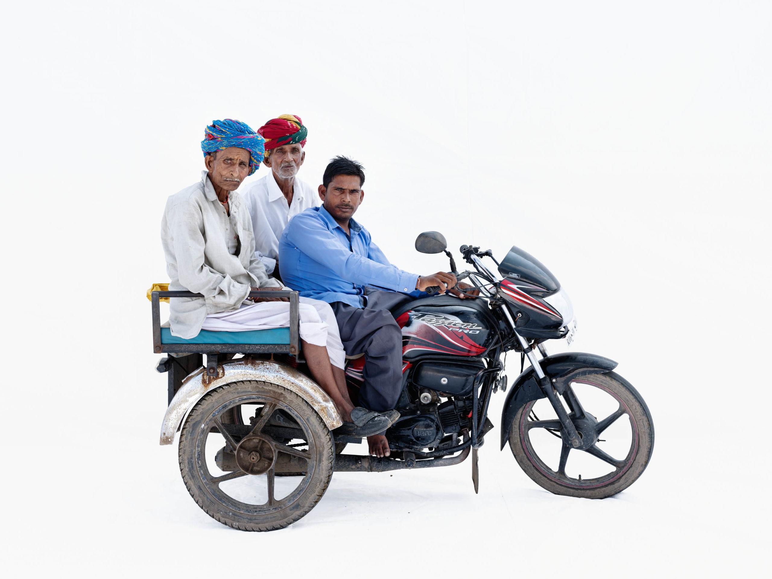 Hero Passion Pro; Radhesham Kir (driver), his father Rupaji Kir (left), his uncle Bhairuji Kir (Bhilwara, Rajasthan)