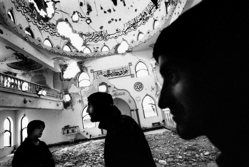 Shelled mosque. Matejce, Macedonia, 2001